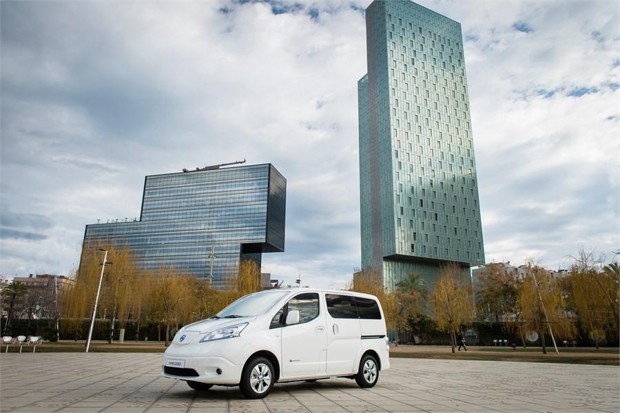 100% elektriskā Nissan e-NV200 ar lielāku nobraucamo attālumu atklāšana pasaulei
